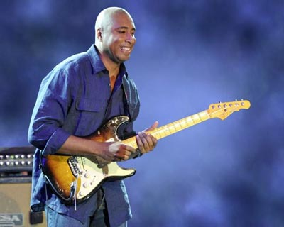 Bernie Williams Returns to Newton Theatre In October