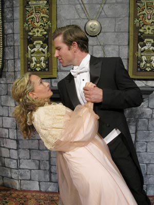 """Interview With Rachel Holt From """"Dracula"""" At East Lynne Theater"""