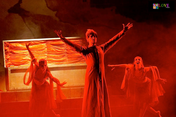 The Atlantic City Ballet's Production of Dracula is Simply Spooktacular!