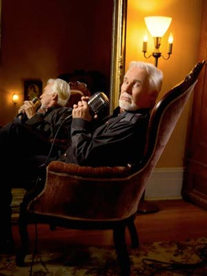 Kenny Rogers To Play Count Basie Theatre On Final Christmas Tour
