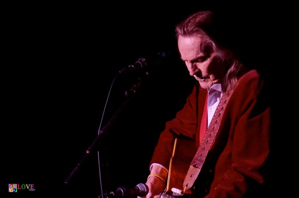 """If You Could Read My Mind"": Gordon Lightfoot LIVE at BergenPAC"