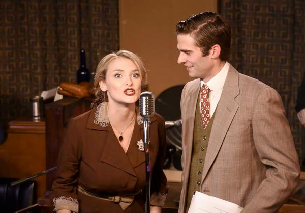"REVIEW: ""It's A Wonderful Life - A Live Radio Play"" At Mile Square Theatre"