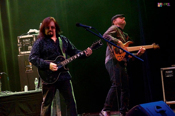 """You Just Keep Us Hangin' On!"" Vanilla Fudge LIVE at The Strand!"