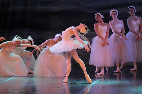 Atlantic City Ballet Ends 34th Season With Swan Lake