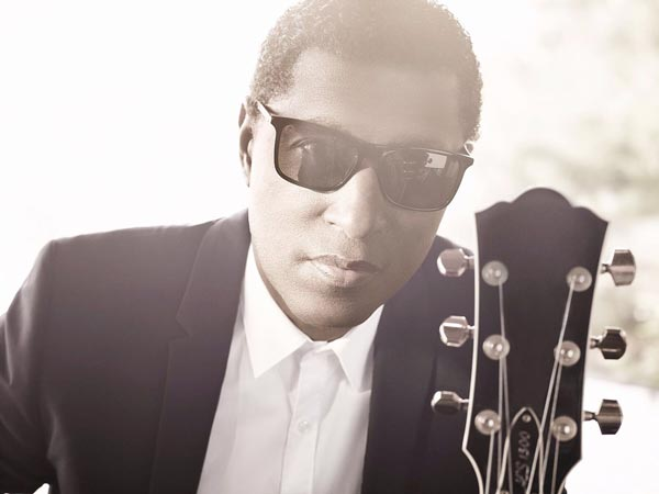 "Kenny ""Babyface"" Edmonds To Perform At BergenPAC"