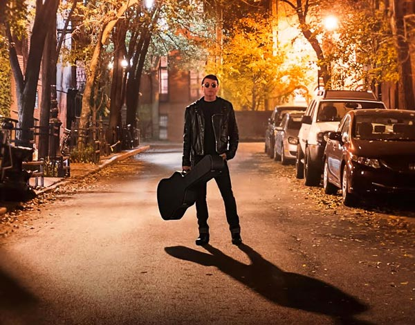 """Richard Barone brings """"Sorrows & Promises"""" to Mexicali Live"""