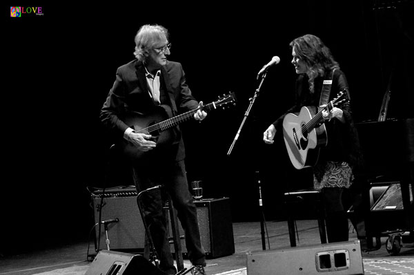 """American Musical Royalty."" Rosanne Cash and John Leventhal LIVE! at Toms River's Grunin Center"