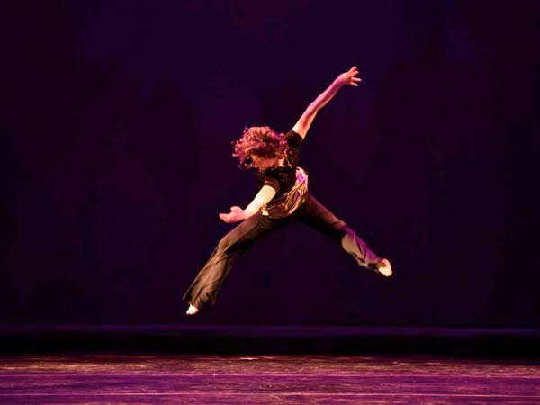 Centenary Stage Presents Moe-tion Dance Theater As Part Of 2017 Dance Festival