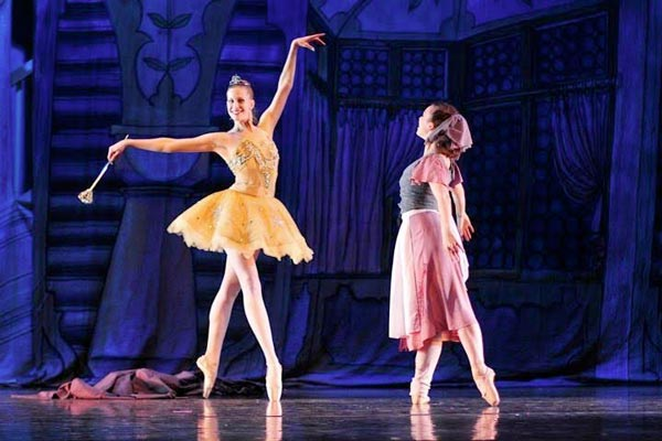 Roxey Ballet To Perform Cinderella In May
