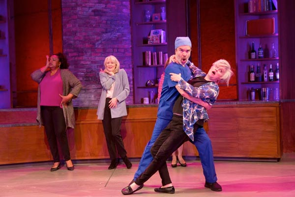 REVIEW: Curvy Widow at George Street