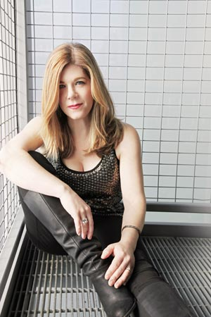 Dar Williams To Headline Benefit For Outpost In the Burbs