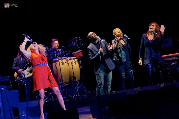 """One of the Top Five Singers in the World!"" Darlene Love LIVE! at BergenPAC"