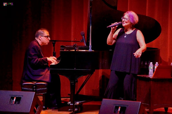 """Breathtaking!"" The Manhattan Transfer's Janis Siegel LIVE! at Axelrod PAC"