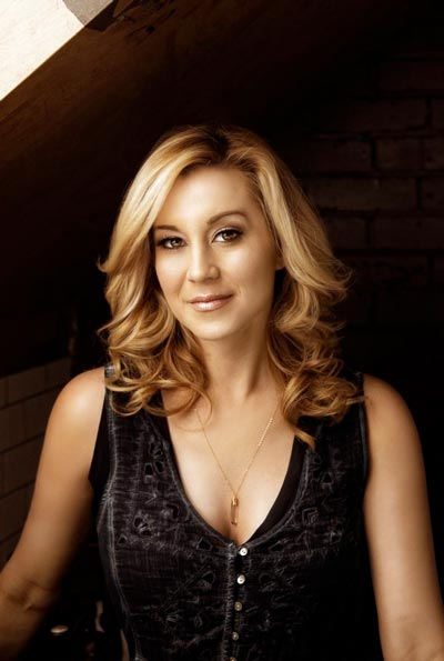 An Interview With American Idol's Kellie Pickler, Appearing With Phil Vassar On Dec. 20 At New Brunswick's State Theatre!