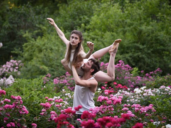 NJ Dance Theatre Ensemble Receives Investors Foundation Grant To Support Inkubate(R) Outdoor Performance Series