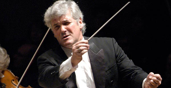 NJPAC Presents Royal Philharmonic Orchestra with Pinchas Zukerman as Conductor and Soloist