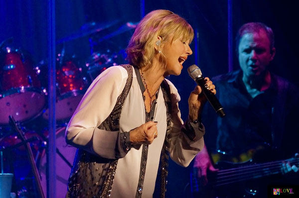 Hopelessly Devoted to You! Olivia Newton-John LIVE! at BergenPAC