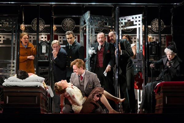 "McCarter's ""Murder On The Orient Express"" To Move To Hartford Stage In Spring 2018"