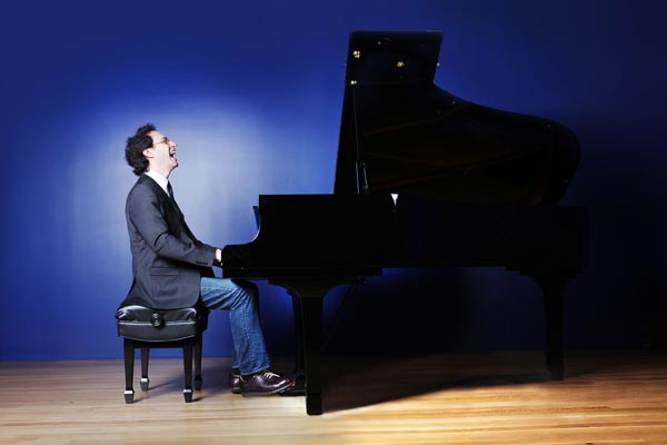 Pianist Shai Wosner is Featured on Princeton Symphony Orchestra's All Mozart Program