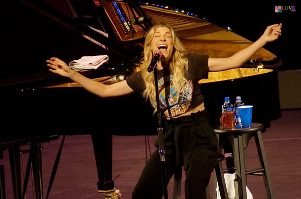 """""""Really Beautiful"""" LeAnn Rimes LIVE! at UCPAC"""