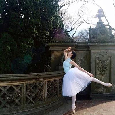 "Roxey Ballet Retells Beloved Fairy Tale ""Cinderella"""