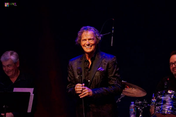 """He Sounds Just Like I Remembered!"" BJ Thomas LIVE! at the Newton Theatre"