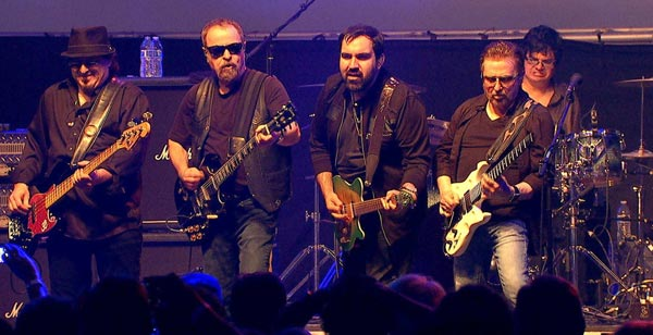 Blue Oyster Cult To Perform At Newton Theatre