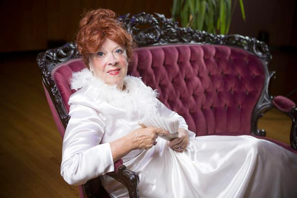 """Candace O'Donnell To Perform """"Sarah Bernhardt-La Divine"""" To Benefit Cape May Stage"""