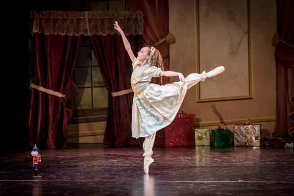 New Jersey Civic Youth Ballet Presents Tchaikovsky's Nutcracker Suite at Centenary