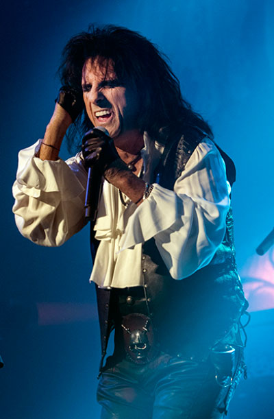 Around Jersey: Alice Cooper at BergenPAC
