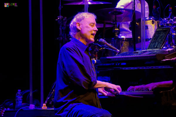 """A Living Legend!"" Bruce Hornsby and The Noisemakers LIVE! at Mayo PAC"