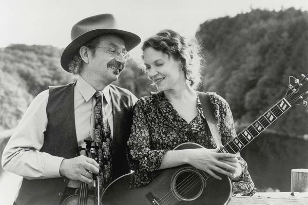 Jay Ungar and Molly Mason to perform at The Folk Project