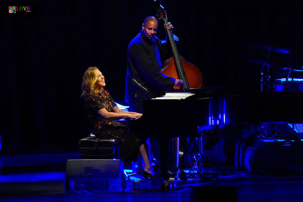 """I Felt the Love!"" Diana Krall's ""Turn Up the Quiet"" Tour LIVE! at the State Theatre"