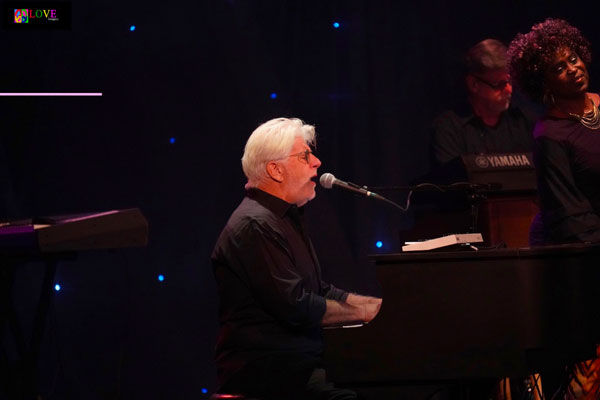 """A Really Great Vibe!"" Michael McDonald's Wide Open 2018 Tour LIVE! at the State Theatre"