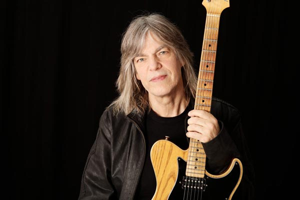 Mike Stern Comes To Newton