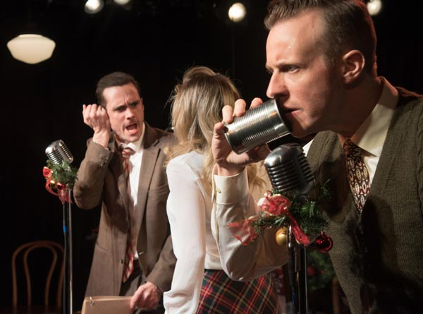 "REVIEW: ""It's A Wonderful Life"" At Mile Square Theatre"