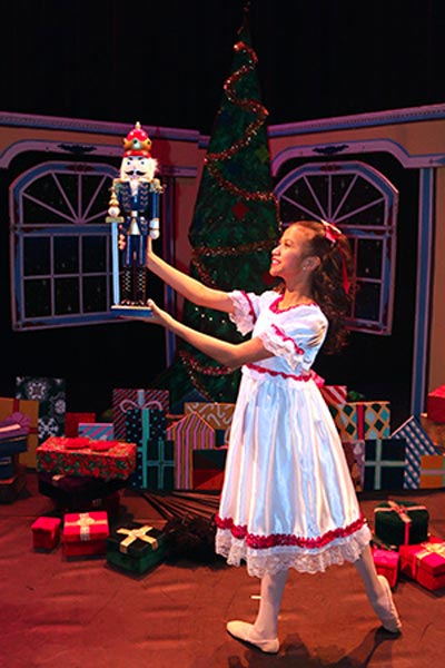 'Nutcracker' Ballet and 'Snow Day' Brighten Holiday Season at MCCC's Kelsey Theatre