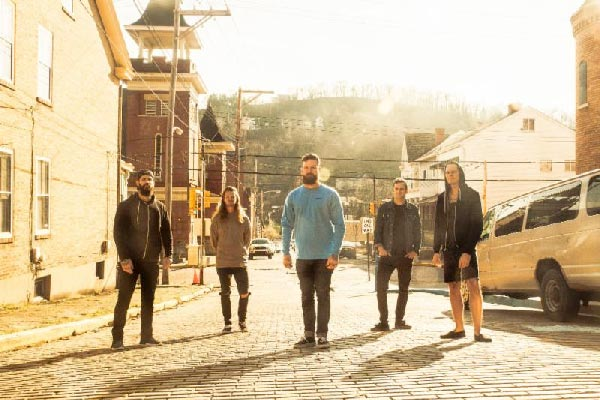 "Senses Fail Releases Video For ""Gold Jacket, Green Jacket..."""