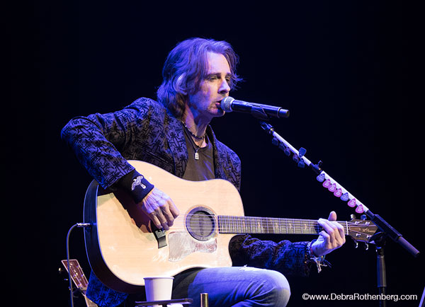 Around Jersey: Rick Springfield at Mayo