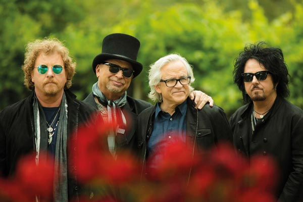State Theatre NJ presents TOTO