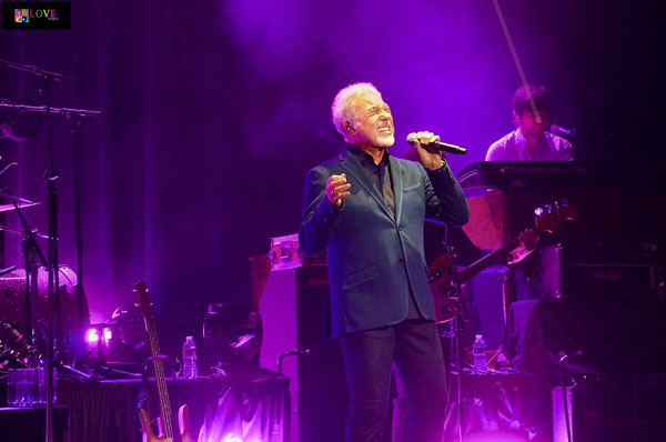 """One of the Best Concerts I've Ever Seen!"" Tom Jones LIVE! at BergenPAC"