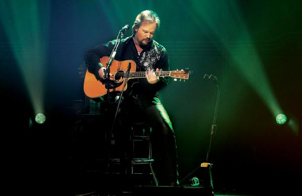 Levoy Theatre Presents Travis Tritt