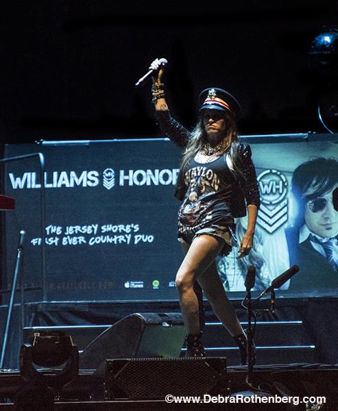 Around NY: Williams Honor At MSG