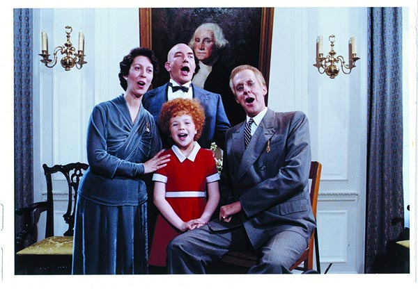 """Theater to Go at Kelsey Theatre presents A Sing and Play Along Screening Of """"Annie"""""""