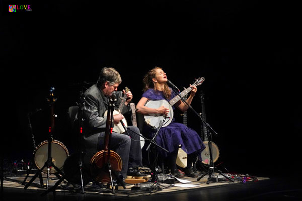 Béla Fleck and Abigail Washburn LIVE! at the Grunin Center