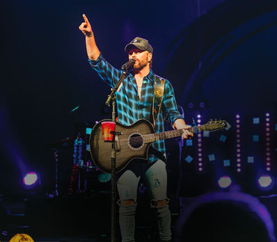 iPlay America Presents Chris Lane