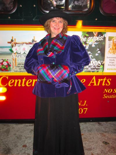"East Lynne Theater Company and MAC's ""Ghosts of Christmas Past Trolley Rides"""
