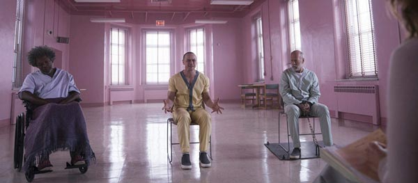 """REVIEW: """"Glass"""""""