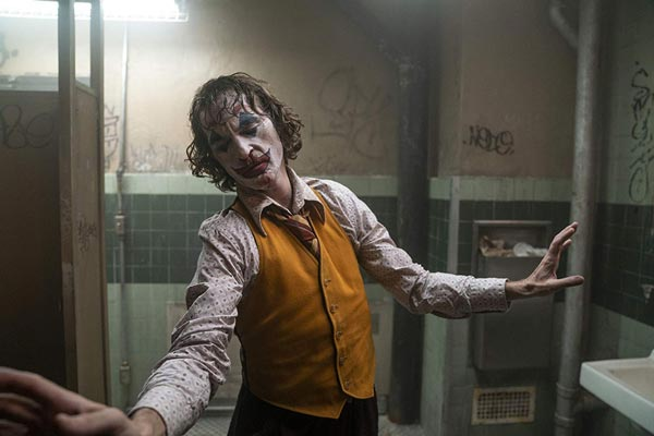 "REVIEW: ""Joker"""
