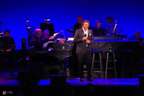 """Wonderful, Wonderful!"" Johnny Mathis LIVE! at State Theatre NJ"